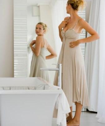 thinkstock-woman-mirror-self-image