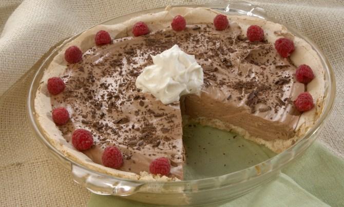 german_chocolate_angel_pie