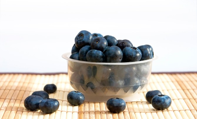 health-benefit-blueberry-berry-fruit-produce-diet-eat-food-nutrition-spry