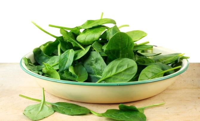 health-benefit-spinach-leaf-lettuce-vegetable-garden-summer-farmer-market-produce-diet-eat-food-nutrition-spry