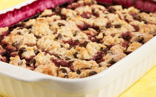 berry-chocolate-chip-cobbler-vegan-pie-sky-cookbook-health-recipe-spry
