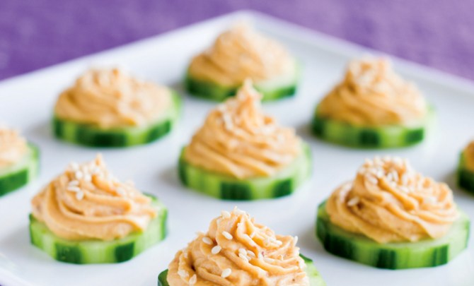 carousing-cucumber-rounds-rummy-hummus--tipsy-vegan-health-cookbook-recipe-appetizer-snack-spry