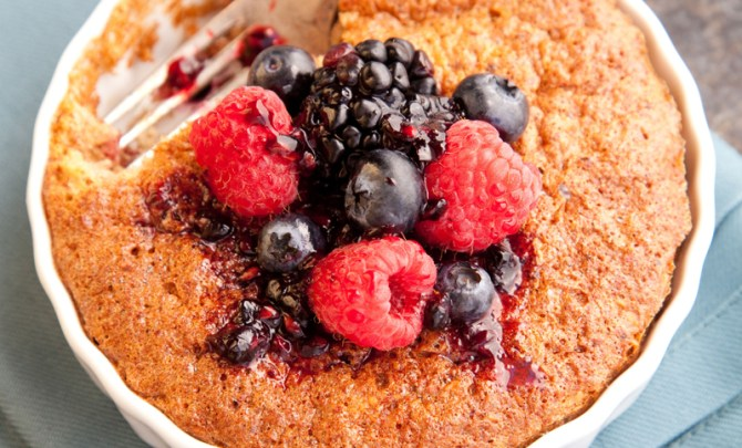 flourless-almond-mini-cake-kitchen-diva-diabetic-cookbook-health-recipe-eat-food-diet-spry