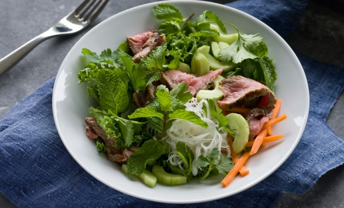 grilled-thai-steak-noodle-bowl-relish