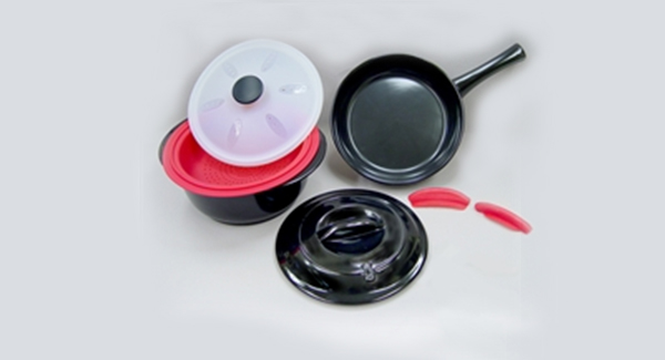 win-free-cookware-set-pot-pan-contest-spry