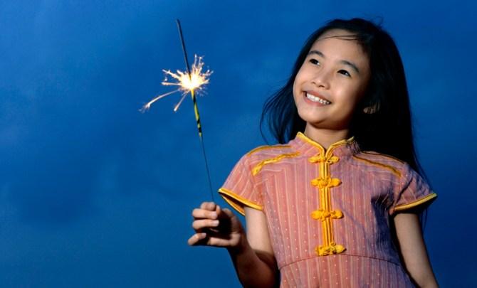 sparkler-firework-safe-best-summer-burn-caution-july-fourth-holiday-spry