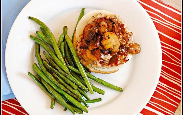 chicken-marsala-burger-preventionrd-sandwich-health-spry