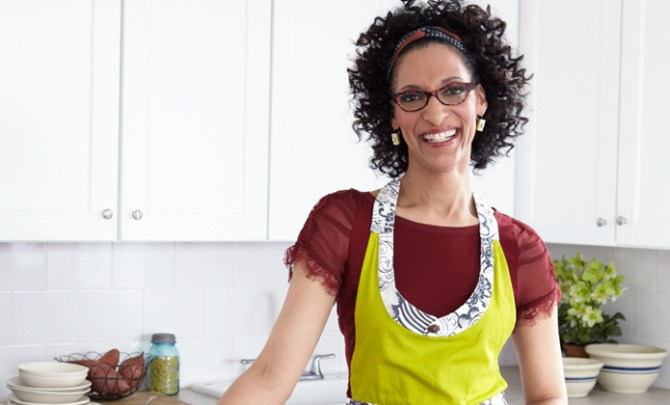 Top Chef star, Carla Hall, shares her healthy cooking tips.