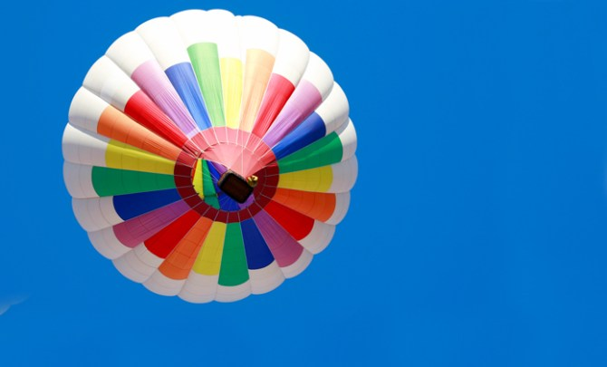 Do's and don'ts when taking a hot hair balloon ride.