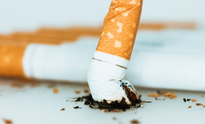 A women's guide on how to quit smoking.