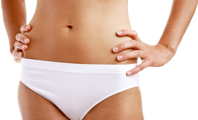 Differences between a yeast infection and bacterial vaginosis.