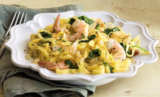 Healthy recipe for Trattoria-Style Shrimp Fettuccine.