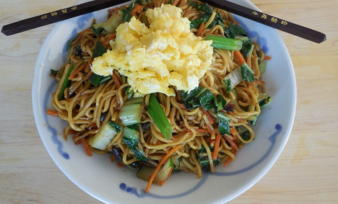 sesame noodles with bok choy and carrots