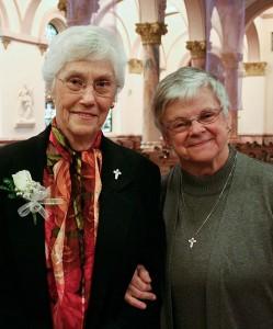 Sisters Jeanne Knoerle and Denise Wilkinson in 2009.