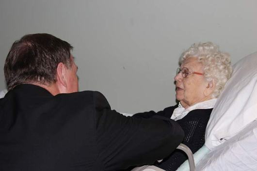 Archbishop Tobin meets with Sister Mary Terrence Haag.