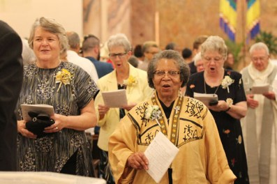 Sisters Jody O'Neil and Kate Smith during the entrance procession.