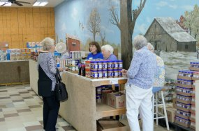 D038-Food-Pantry-25th-9-22-2019