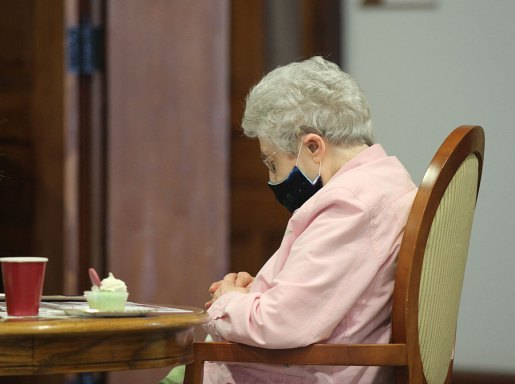 Sister Mary Lois Hennel at prayer