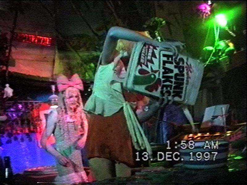 1997-12-12-SF-Schmalzwald-04-danny-paul-spunkflakes