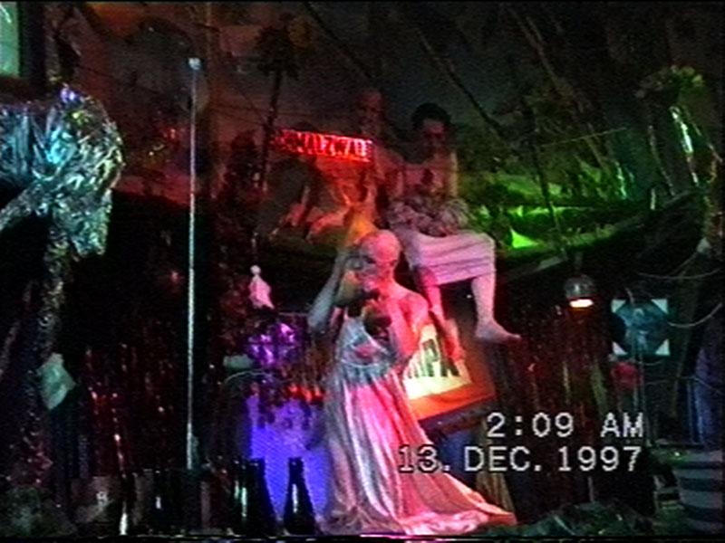 1997-12-12-SF-Schmalzwald-32-paul-kiss-danny-feet