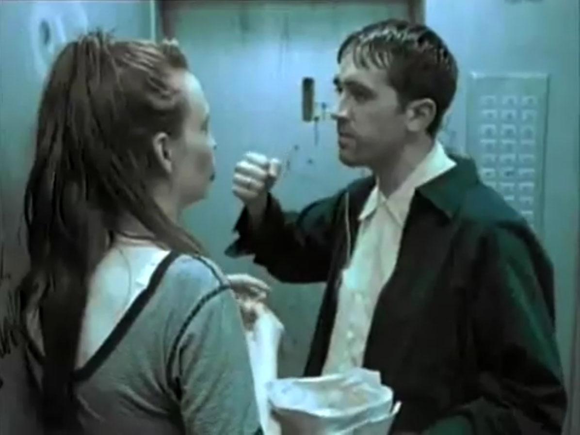1998-04-01-Hefner-Sweetness-Lies-Within-videograb-14