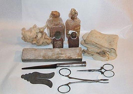A Brit Milah Kit that Belonged to the Mohel Moshe Matza