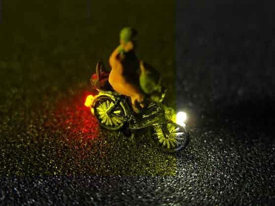 Spur N Teile De Der Ersatzteile Experte Modellbau Schonwitz Fahrrad Mit Led Beleuchtung N Alte Frau