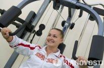 Elena Serova en el gimnasio de Baikonur.