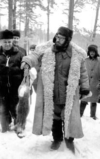 Fidel Castro de caza cerca en un bosque de la región de Moscú, RSFS de Rusia, Unión Soviética. Foto: ITAR-TASS.