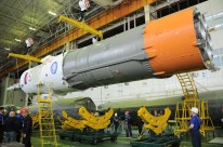 13 de Noviembre de 2016: Completando la integración de la nave al vehículo de lanzamiento (VL): Tercera y última etapa preparándose para su integración al resto del cohete. Foto: S.P. Korolev/RSC Energia.