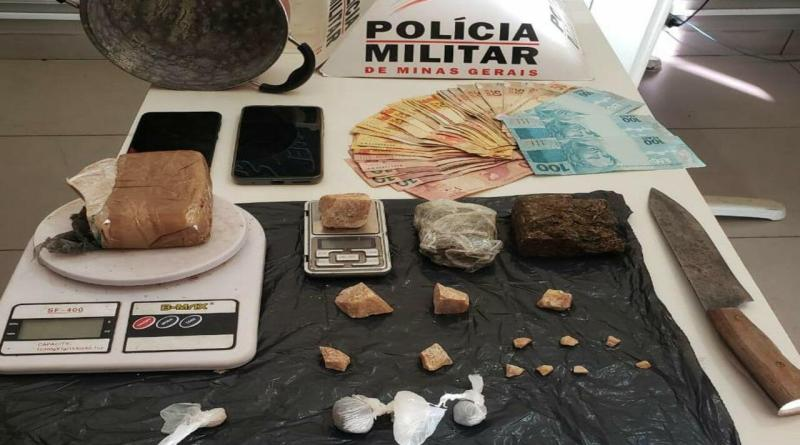 Paracatu – Homem com dois mandados de prisão é preso pela polícia traficando drogas com a companheira