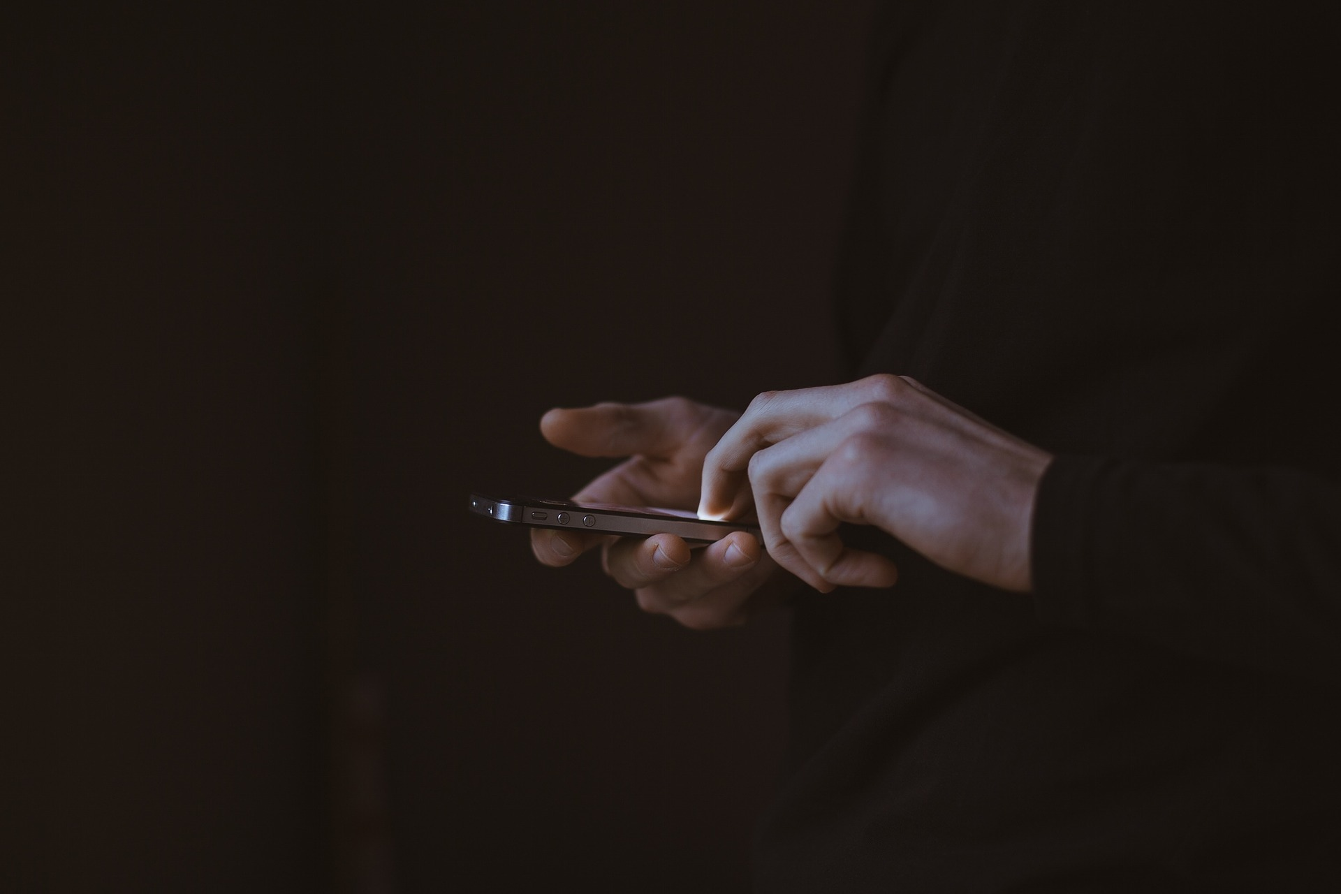 How To Spy On Someone's Text Messages