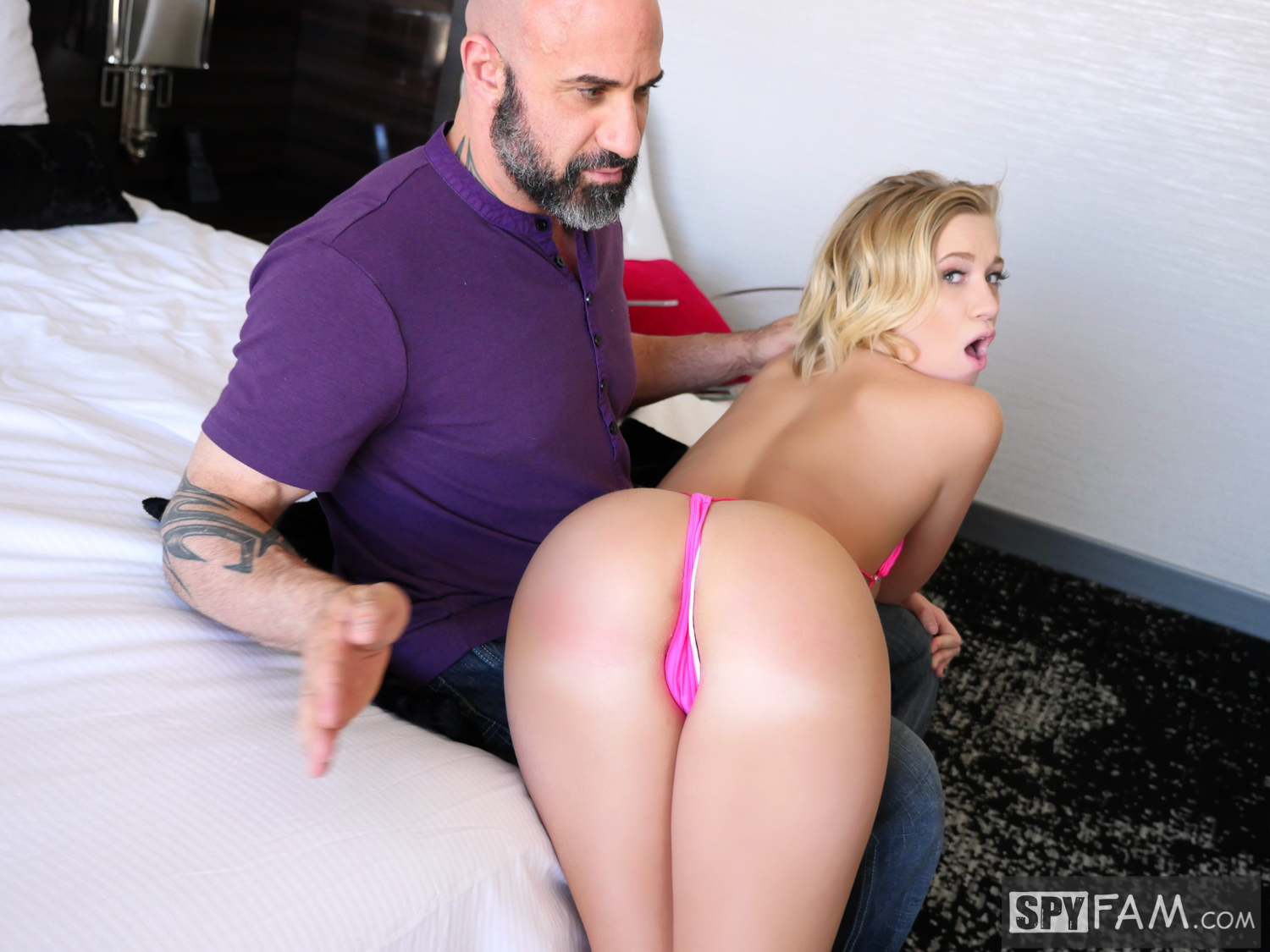Bailey Brooke in Pregnant? Stepfather Shoots Cum Inside Step-Daughter 8