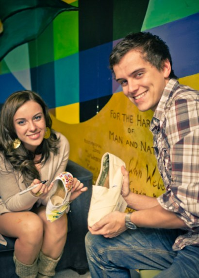 TOMS-Style-Your-Sole-Elmhurst-College-04