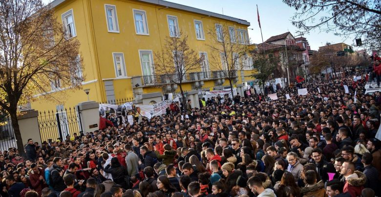 Protesta studentore tirane 1
