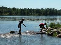 8 Perfect Summer Lake Towns
