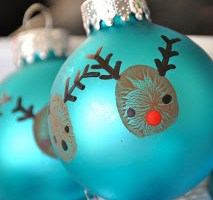 Reindeer Thumbprint Ornaments: 20-Minute Project with the Kids