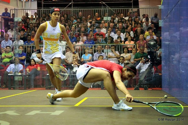 ALSO RAN: Nicol David is beaten at the front of the court by Raneem El Weleily