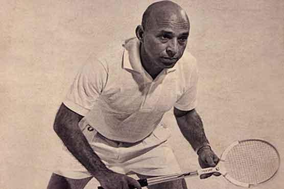 Hashim Khan in his playing days