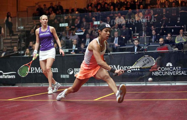 Nicol David and Laura Massaro in action at Grand Central Terminal this year