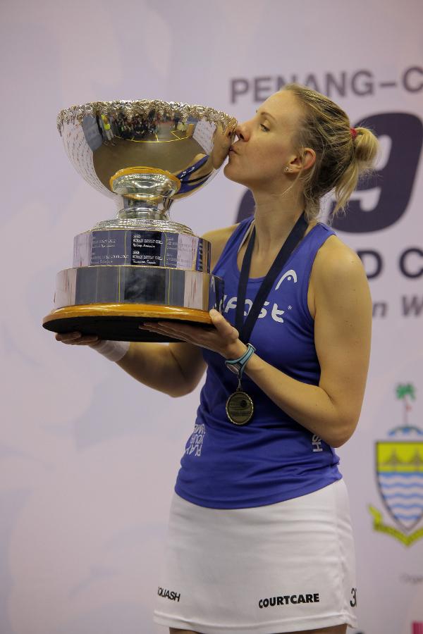 Laura Massaro aims to kiss that world trophy again