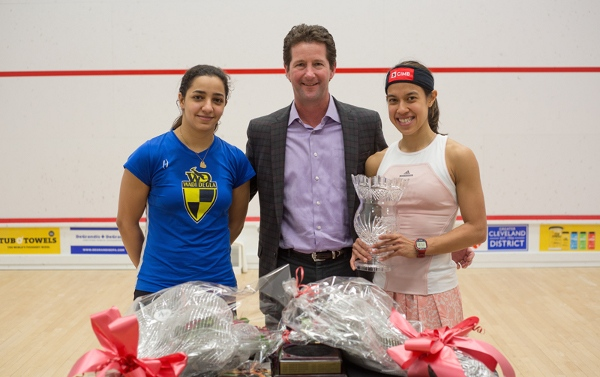 Trophy time for Nicol David and Raneem El Welily after the Cleveland Classic final