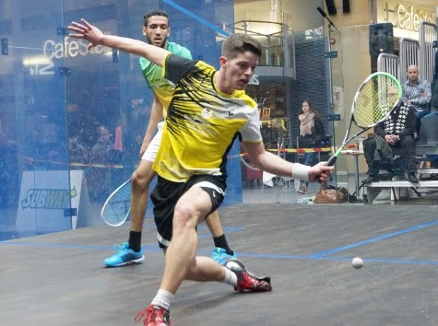Raphael Kandra gets in front of Declan James