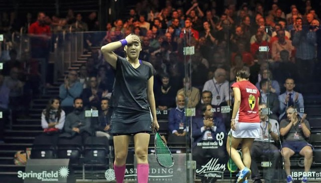 Dazed and delighted: Delia Arnold is through to the semi-finals as Raneem El Qelily exits the British Open