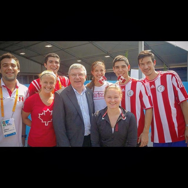 IOC president chats to Pan-Am Games squash players in Toronto