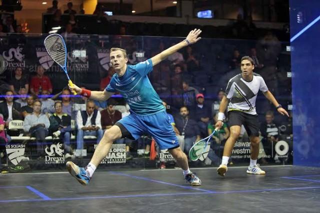 Nick Matthew hunts down the volley