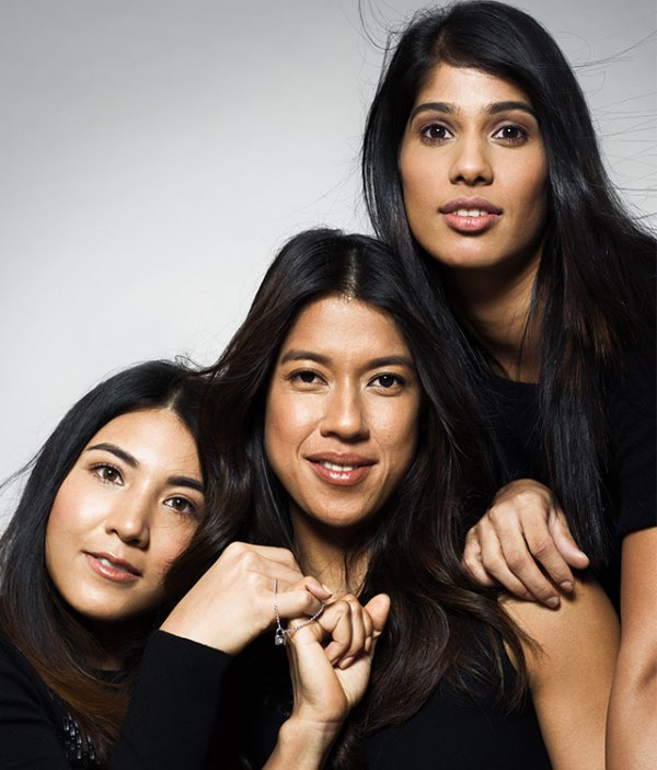 Delia Arnold (left) here with Nicol David (centre) and Joshna Chinappa, had lots of fun getting dolled up for a good cause.