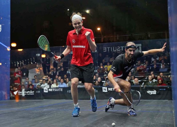 Simon Rosner dives in vain as James Willstrop clinches victory 12-10 in the fifth