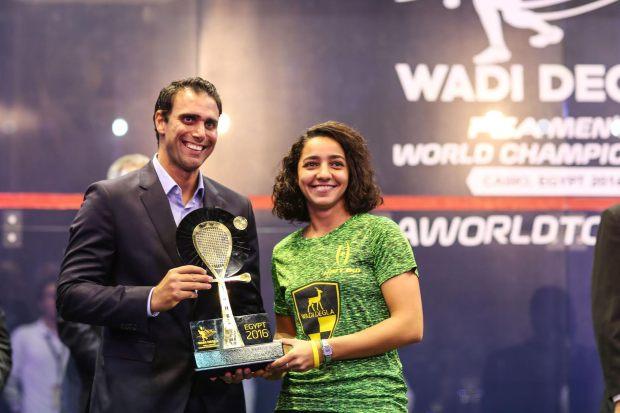 Raneem El Welily receives her trophy from Karim Darwish