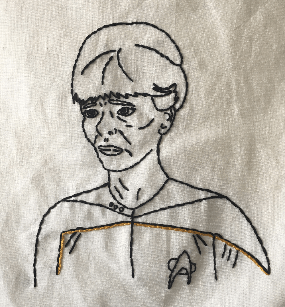 hand_embroidered_portrait_lt_macdougal_engineer_star_trek_next_generation
